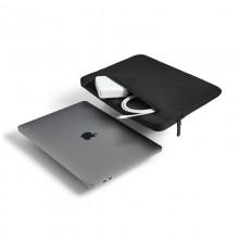 "Incase Compact Sleeve in Flight Nylon - Pokrowiec MacBook Pro 15""/16"" (czarny)"